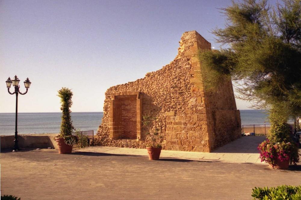 tre-fontane-torre-saracena-restaurata-4cdb3e52-027d-4af3-96be-2440a21a4351
